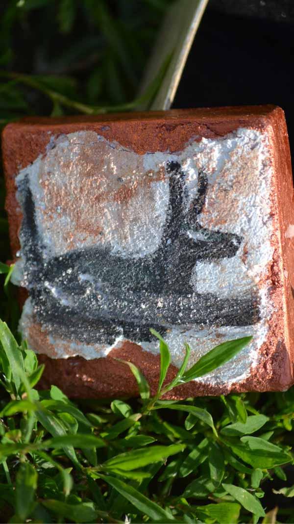Mini boite avec une fresque miniature représentant le dieu egyptien Anubis
